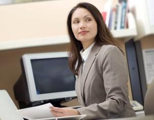 1383558235_woman-in-office-white-woman-in-office